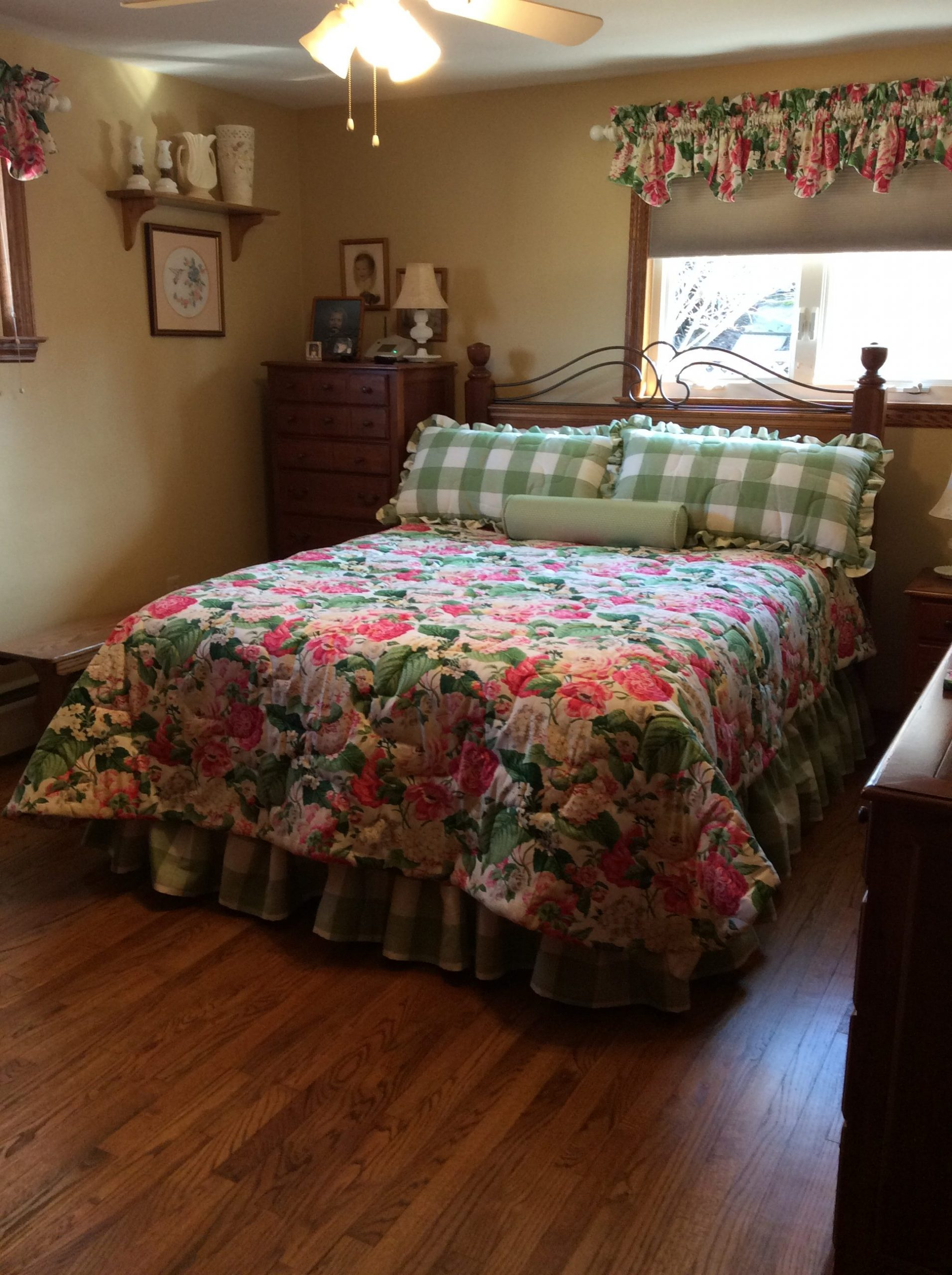 This is a recent custom bedding project that we just completed.